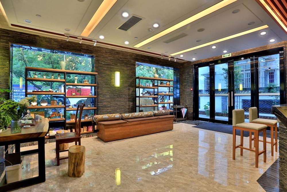 ハイキング ホテル杭州