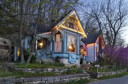 . Cliff Cottage Inn - Victorian B&B and Boutique Hotel