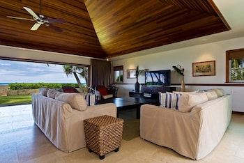 Diamond Head Tiki Estate by RedAwning