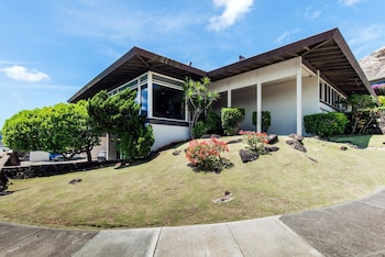 Le`ahi Estate by RedAwning