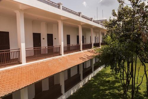 Samrith Hotel, Baray