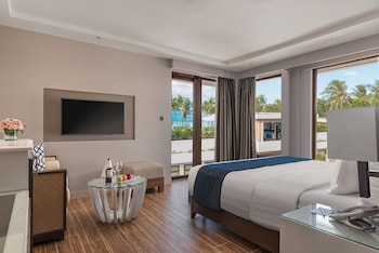 HENANN CRYSTAL SANDS RESORT Room