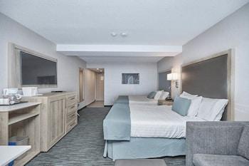 Junior Suite, 2 Queen Beds with Sofa bed