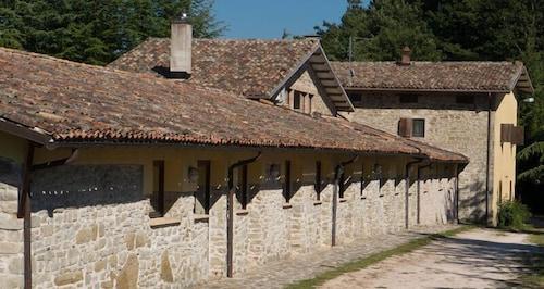 Lucaraia, Pesaro E Urbino
