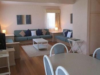 Waratah - 3 Bedroom Cottage