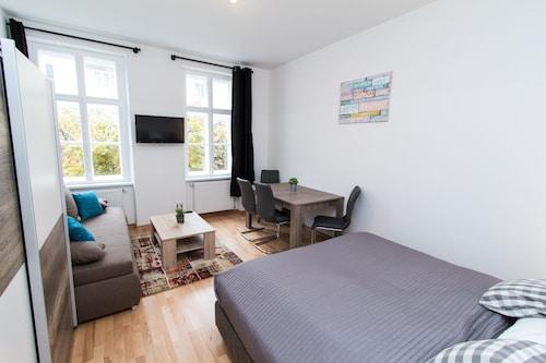 . CheckVienna - Apartment Familienplatz