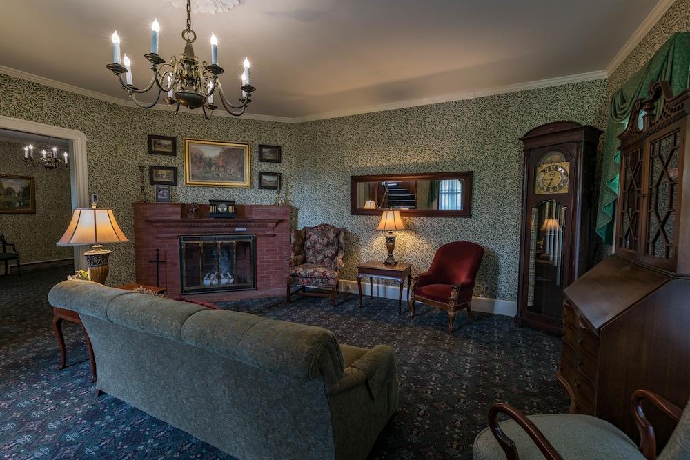 Room (Woodside, Pet Friendly)