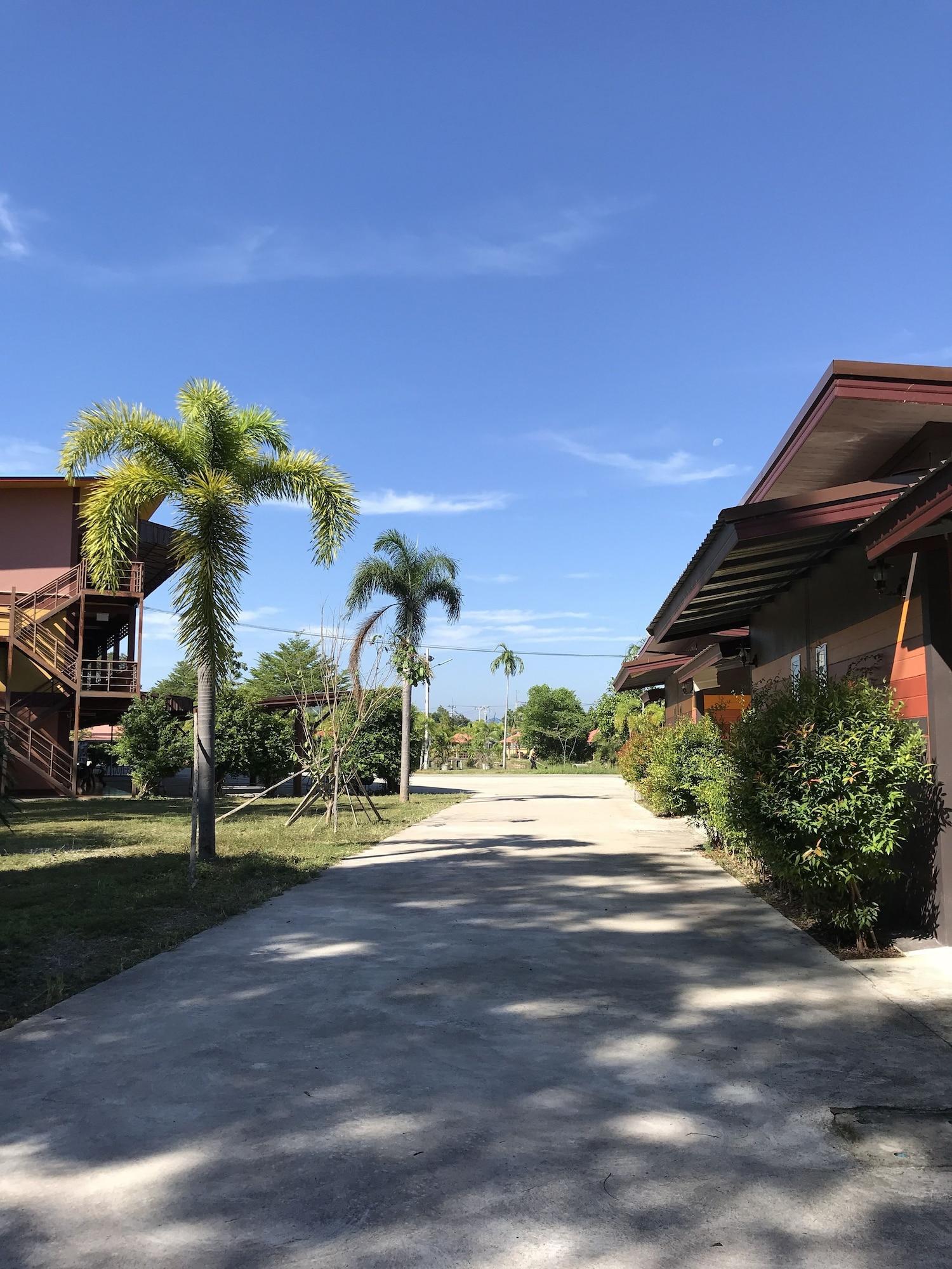 Khwanruen Fishing Resort, Ban Chang