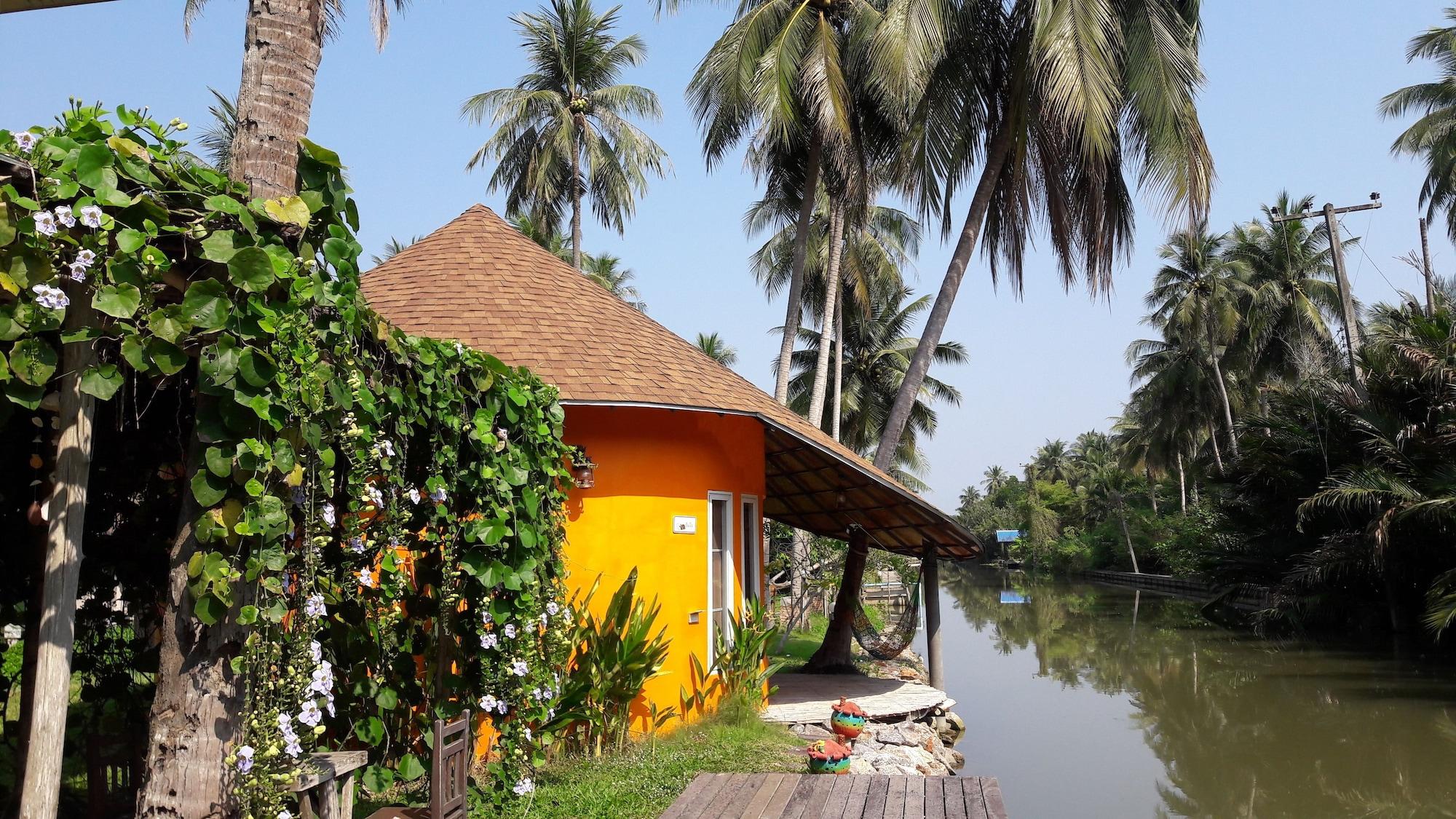 Kalacanal Resort, Amphawa