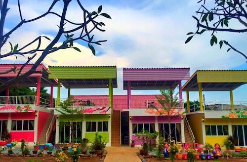 Maiyok Resort, Koh Si Chang