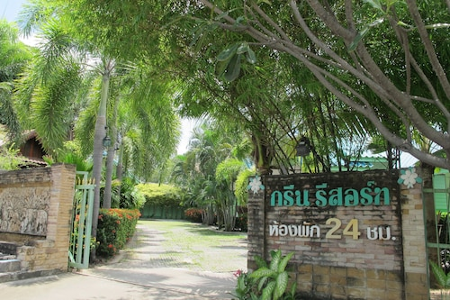 The Green Resort Sri Racha, Si Racha