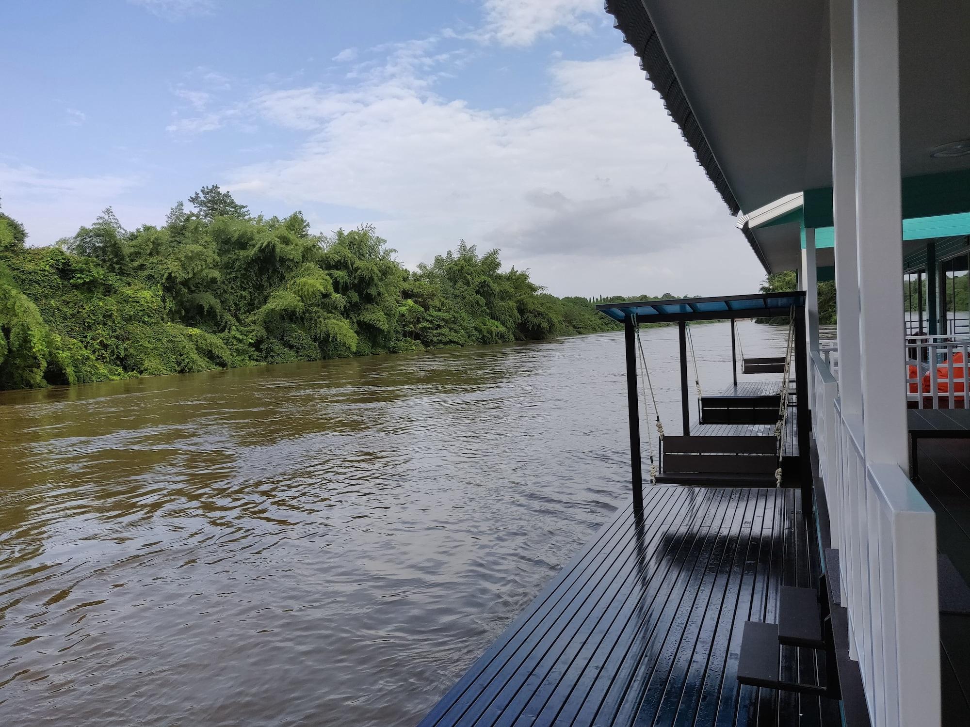 The Green House Kanchanaburi, Sai Yok