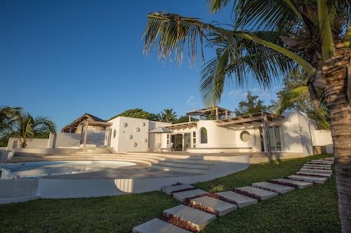 Bahia Mar Beach House, Vilanculos