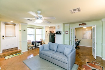 Sea Breeze Lane Condo 700 by RedAwning