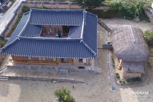 Jukheon Traditional House, Andong