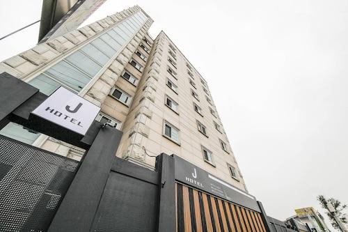 J Hotel Suwon, Suwon
