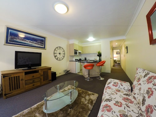 Pittwater Apartments, Manly
