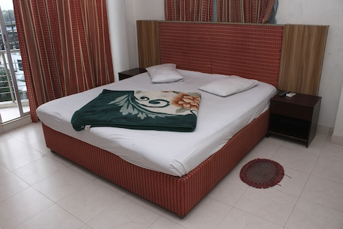 White Beach Hotel, Cox's Bazar