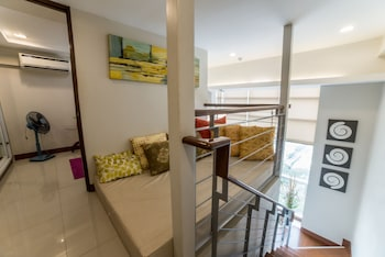 2 BEDROOM LUXURY LOFTS Extra Beds