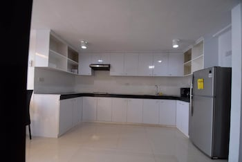 2 BEDROOM LUXURY LOFTS Private Kitchen