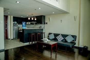 2 BEDROOM LUXURY LOFTS Room