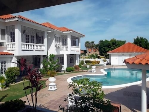 Golf View Apartments,