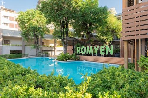. Romyen Garden Place