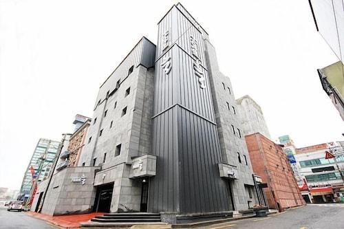 Jeonju Hotel Neul, Jeonju