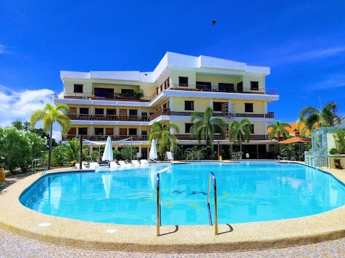 . Sunshine Village Resort