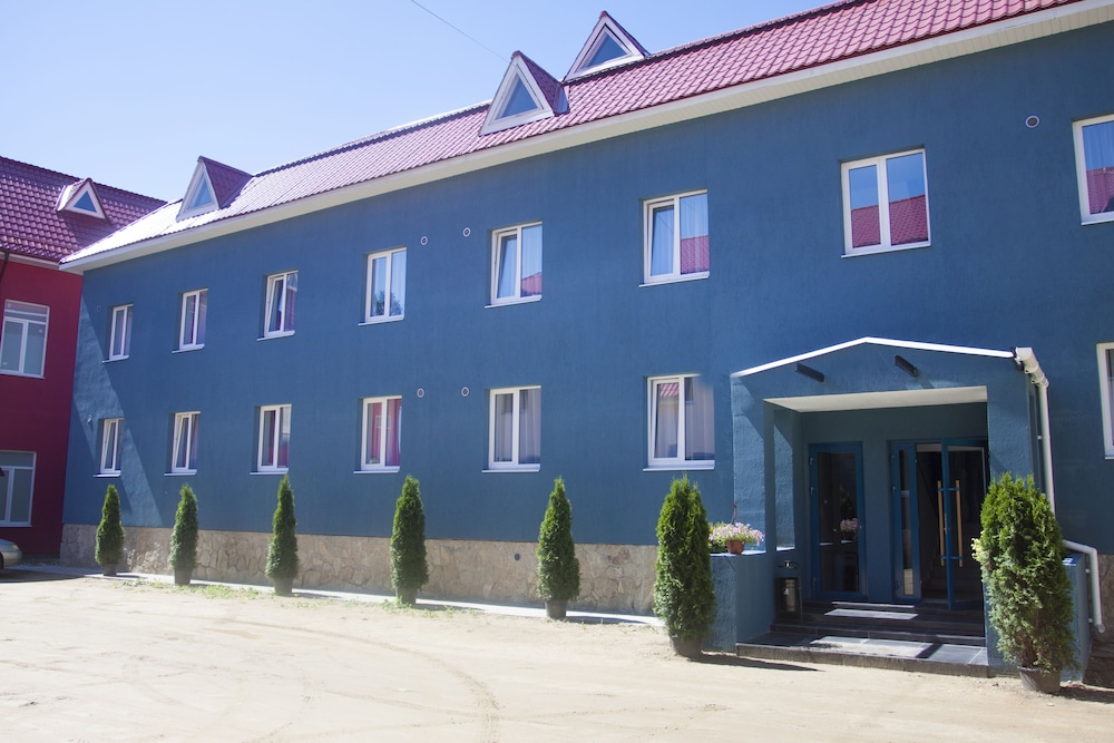 Парк-Отель Черника, Арамиль