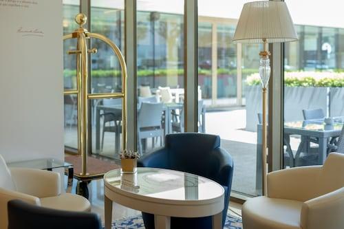 . Sea Porto Hotel