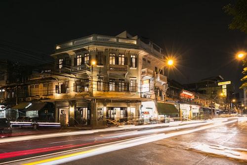 103 - Bed and Brews, Samphantawong