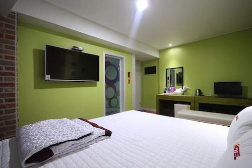 6st motel, Geumjeong