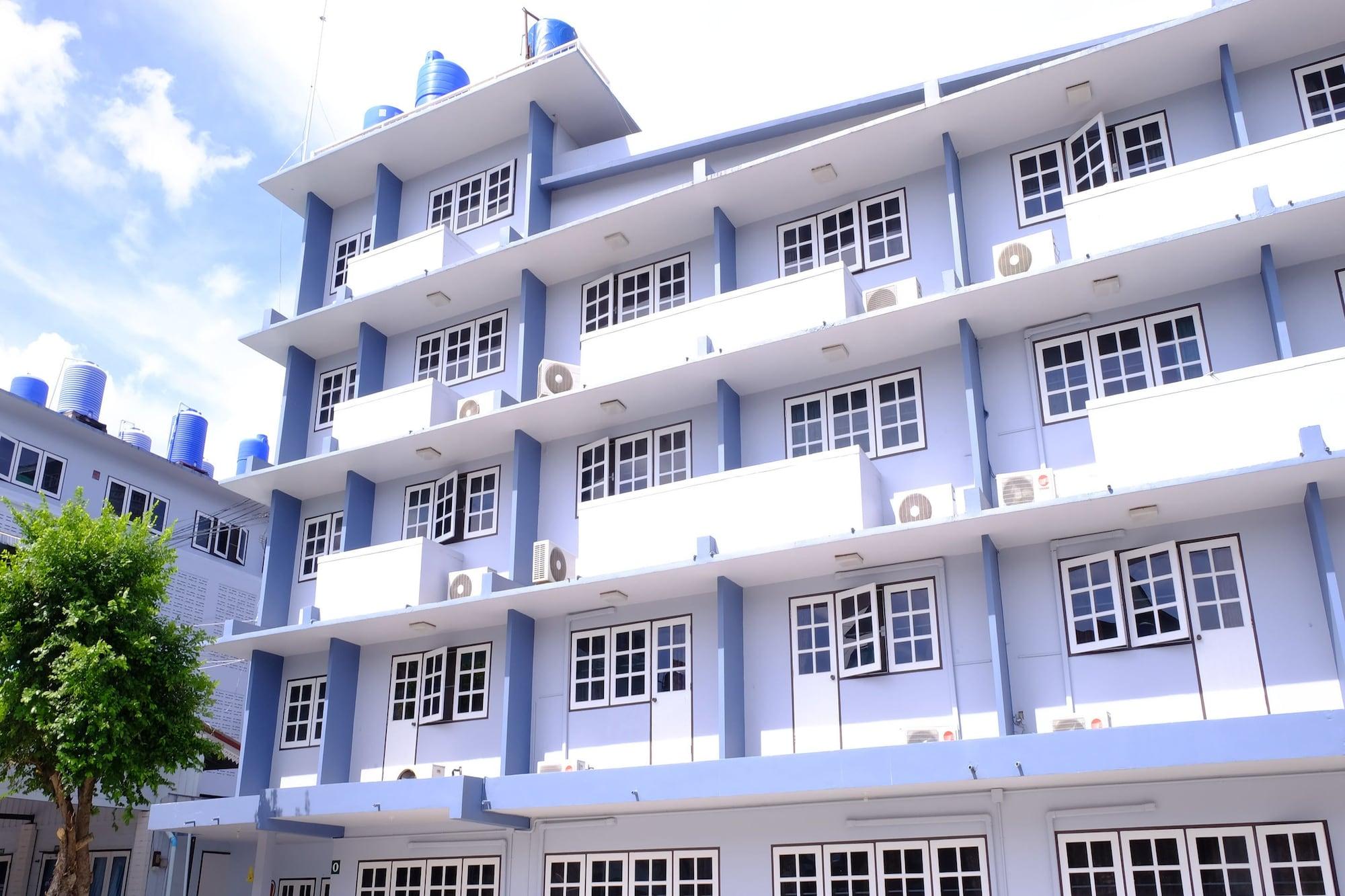 Jor Koo City Hotel, Ban Chang