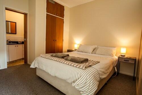 Ocean View Raglan Bed & Breakfast, Waikato