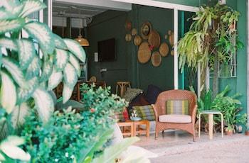 Hotel - Baan Baan Hostel
