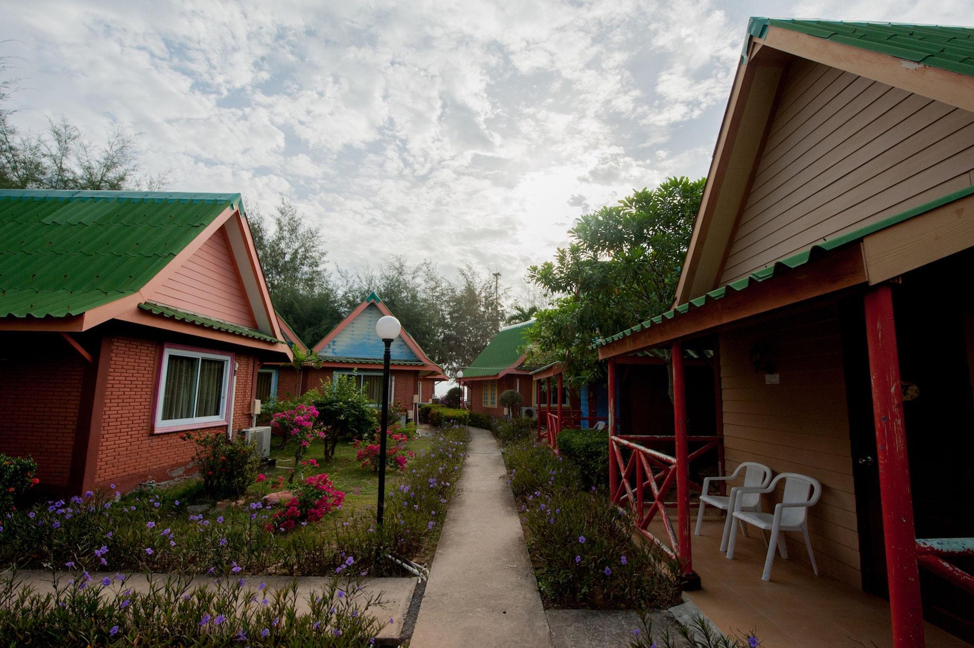 Haad Kaew Resort, Singha Nakhon