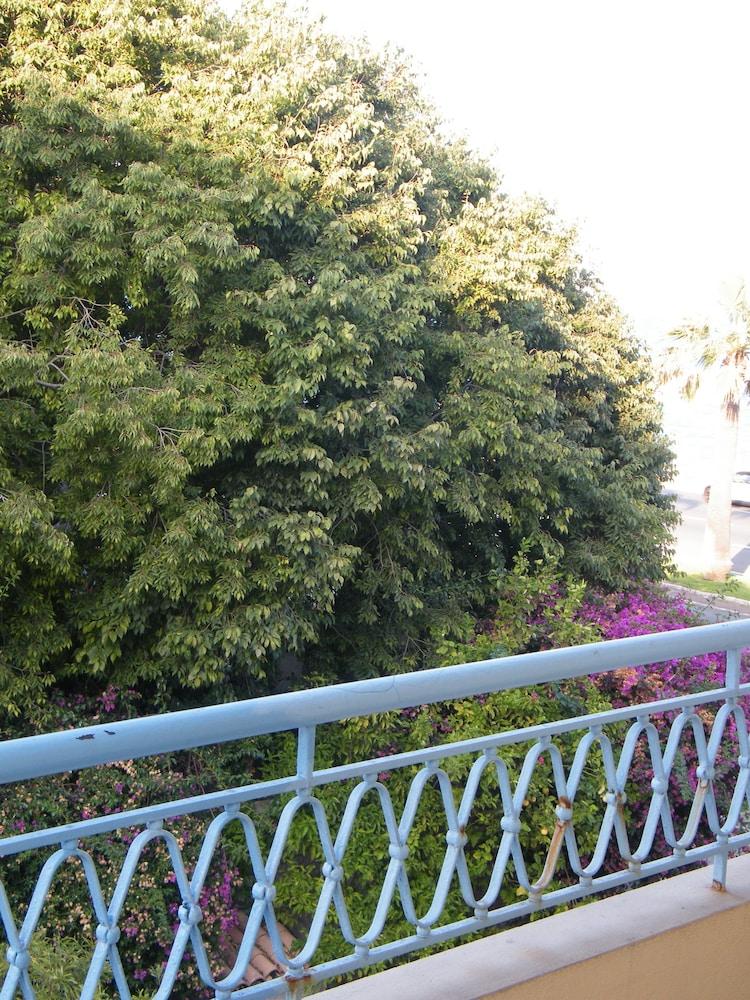 Henri IV 2chambres Jardin Mer-Pettorossi