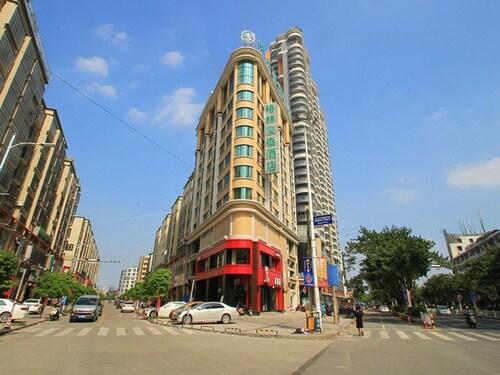 GreenTree Inn Jieyang North Linjiang Road Express Hotel, Jieyang
