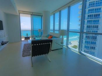 Suite Life Miami at The Monte Carlo