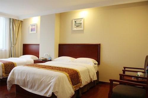 GreenTree Inn Taizhou Tiantai Bus Station Express Hotel, Taizhou