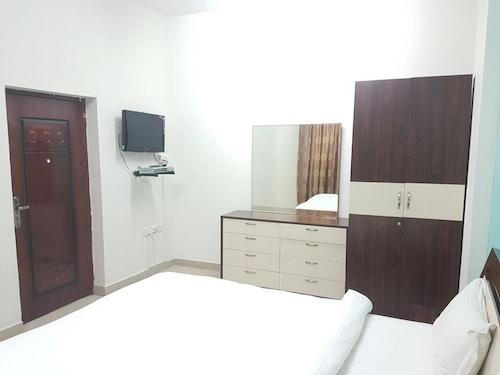 Danat Mazoon Hotel Apartments, A Seeb