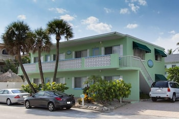Seagrass Flats 4 by RedAwning