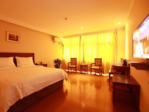 GreenTree Inn ChiZhou PingTian Lake QingFeng Avenue Hotel, Chizhou