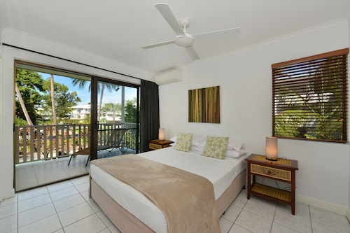 Tropical Reef Apartments Port Douglas, Douglas