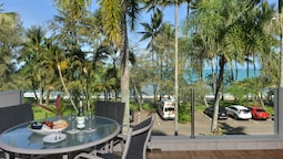 Paringa Beachfront Apartments