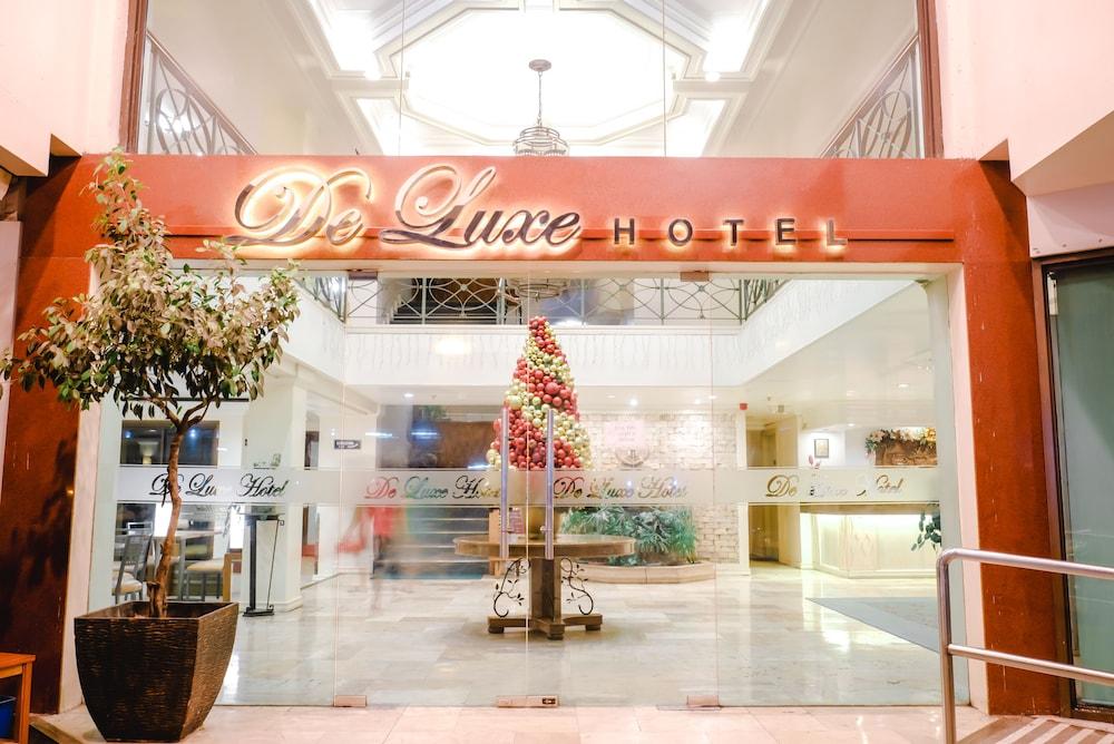 デ ラックス ホテル
