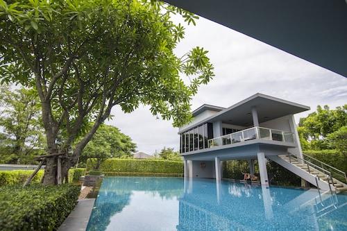 Maximum Land & House Free WiFi Home, Muang Udon Thani