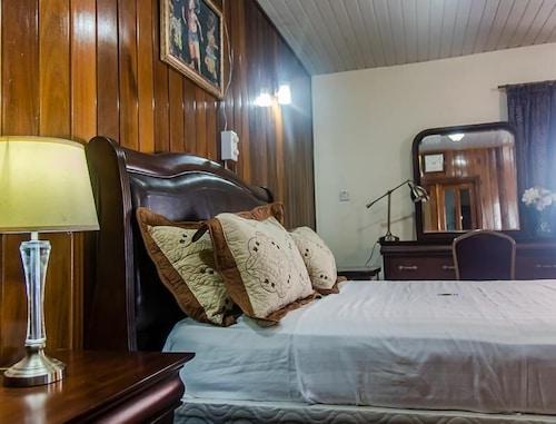 Hotel Barmoi, Western Urban