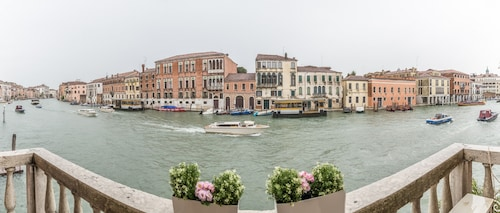 . Venice View On Grand Canal